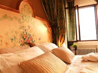 Cozy 2 bedroom Townhouse in Venice - Venice vacation rentals