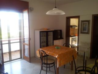 Bright Marina di Ginosa Townhouse rental with A/C - Marina di Ginosa vacation rentals