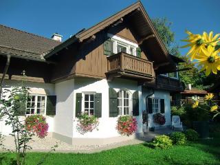 4 Star Alpine Accommodation in Spacious Home - Garmisch-Partenkirchen vacation rentals