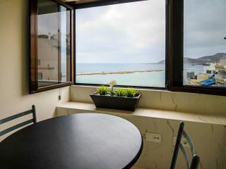 A window to sea - Las Palmas de Gran Canaria vacation rentals