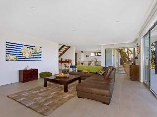 Magenta Beach House - The Entrance vacation rentals