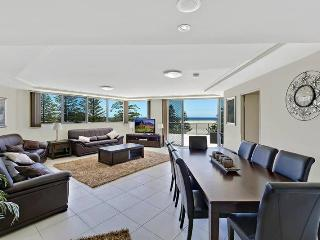 Coast Luxury Apartment Penthouse 23 - The Entrance vacation rentals