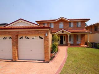 Nice 4 bedroom The Entrance House with Dishwasher - The Entrance vacation rentals
