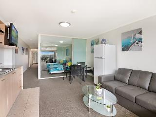 JUST LISTED - Waldorf Apartments - The Entrance vacation rentals