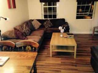 Perfect Condo with Internet Access and Short Breaks Allowed - Edinburgh vacation rentals