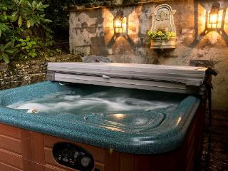 Grapevine Cottage Location: Blowing Rock - Boone vacation rentals