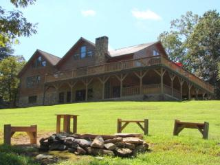 Wilderness Lodge Location: Wilkesboro Area - Boone vacation rentals