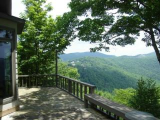 Comfortable 3 bedroom Blowing Rock House with Internet Access - Blowing Rock vacation rentals
