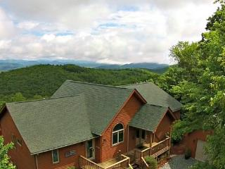 A Bears Eye View Location: Appalachian Ski Mtn / Between Boone & Blowing Rock - Boone vacation rentals