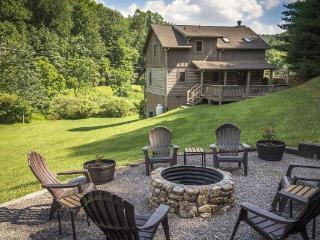 Love Hollow Location: Boone / Valle Crucis - Boone vacation rentals