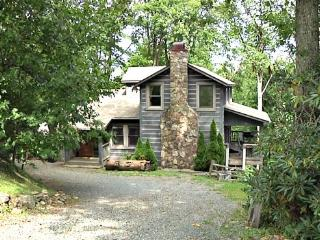 AppalJack Retreat Location: Appalachian Ski Mtn / Between Boone & Blowing Rock - Boone vacation rentals