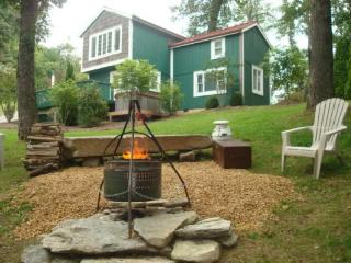 A Parkway Cabin Location: Between Boone & Blowing Rock - Boone vacation rentals