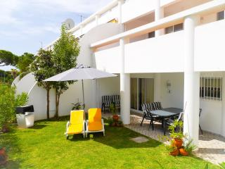 Bright 1 bedroom Vale do Lobo Condo with Internet Access - Vale do Lobo vacation rentals