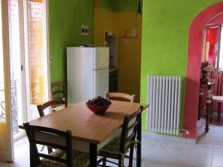 Cozy 2 bedroom Townhouse in Conversano - Conversano vacation rentals