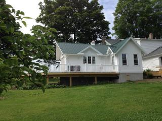 Beautiful Cottage with Deck and Internet Access - Ithaca vacation rentals