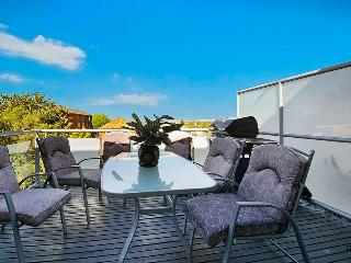 Nice 5 bedroom House in Kingsford - Kingsford vacation rentals
