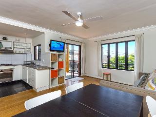 Perfect 2 bedroom House in Maroubra - Maroubra vacation rentals