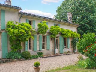 6 bedroom House with DVD Player in Sauzet - Sauzet vacation rentals