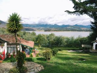 Country house by beautiful lake in Guatavita - Guatavita vacation rentals