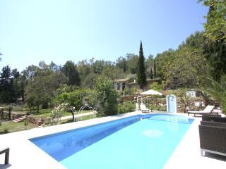 Perfect 6 bedroom Frigiliana House with Internet Access - Frigiliana vacation rentals