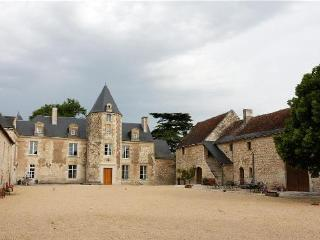 Perfect 2 bedroom La Roche-Clermault House with Internet Access - La Roche-Clermault vacation rentals