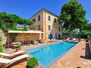 5 bedroom House with A/C in Fabbrica di Peccioli - Fabbrica di Peccioli vacation rentals