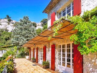 Beautiful 7 bedroom House in Vaison-la-Romaine - Vaison-la-Romaine vacation rentals