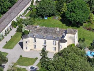 Chateau De La Soie - Fontet vacation rentals