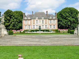 Domaine Du Pont - Chateau Only - Saint-Pierre-du-Val vacation rentals
