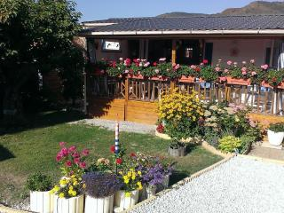 2 bedroom House with Internet Access in Castellane - Castellane vacation rentals