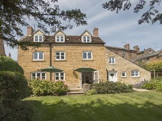 Charming House with Internet Access and Satellite Or Cable TV - Chipping Campden vacation rentals