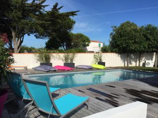 Holiday Home beautifully renovated - now available - Ile de Re vacation rentals