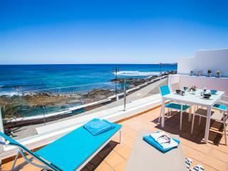 Ocean Rooms, Lanzarote north coast - Arrieta vacation rentals