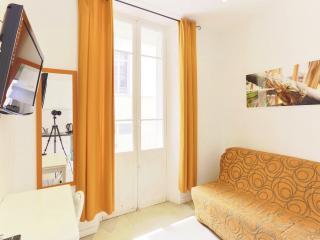 Centre Cannes F2 N°2 proche du palais et plage... - Cannes vacation rentals