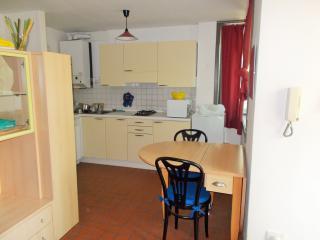 Residence Puccini appartamento 4 - Milano Marittima vacation rentals