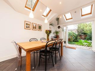 Canterbury Cottage, Cambridge, UK - Cambridge vacation rentals