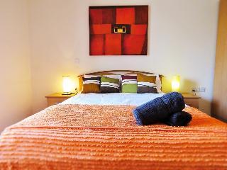 St Julians Bright, Spacious & Super Location - Saint Julian's vacation rentals