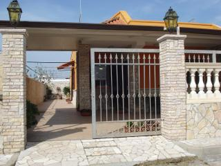 Nice House with Deck and Television - Porto Cesareo vacation rentals