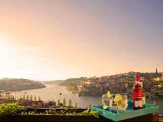Porto Vista - Luxury Townhouse Sleeps 8 Porto City - Porto vacation rentals