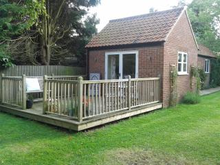 The Annexe, Groane Cottage, Sculthorpe - Sculthorpe vacation rentals