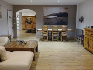 Holiday Home in Cannes City Center with WiFi, 8mn - Cannes vacation rentals