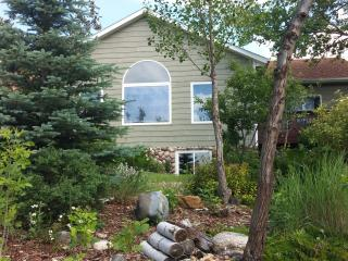 Views & Comfort, Mini-golf included- Rally 2016 - Rapid City vacation rentals