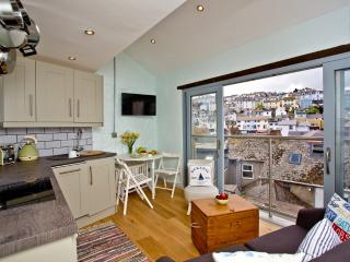 St Pete's Nest located in Brixham, Devon - Brixham vacation rentals