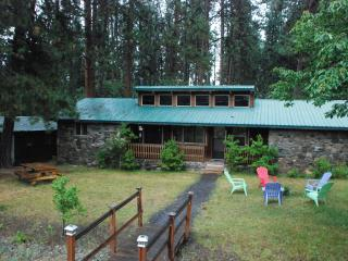 Crater Lake Bungalows  -The RockHouse - Crater Lake National Park vacation rentals