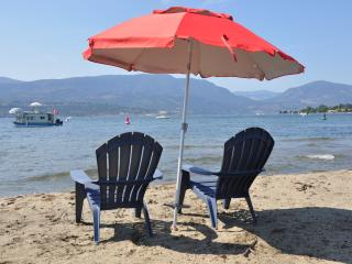 Lakefront Cottage Beside Eldorado - Kelowna vacation rentals