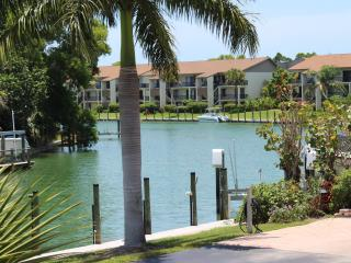 END OF SUMMER SPECIAL  .AUGUST - OCTOBER 575.00 - Sanibel Island vacation rentals