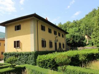 Nice Villa with Internet Access and Tennis Court - Borgo San Lorenzo vacation rentals