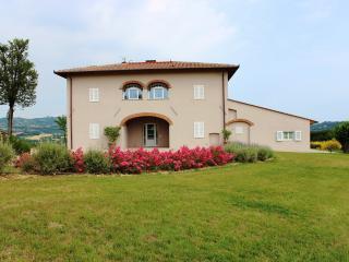 4 bedroom Villa in Reggello, Florentine hills, Arno Valley, Italy : ref 2294004 - Leccio vacation rentals