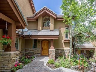 Comfortable 3 bedroom Apartment in Mountain Village - Mountain Village vacation rentals