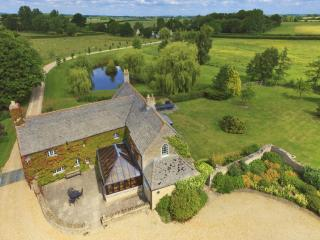 The Cotswold Manor Hall  -  Hot Tub and Games Barn - Oxford vacation rentals